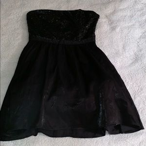 Forever 21 sz Small party dress sequin